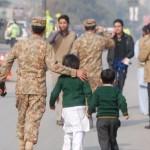 """Adolecente es incendiado en Pakistán """"por ser cristiano"""""""