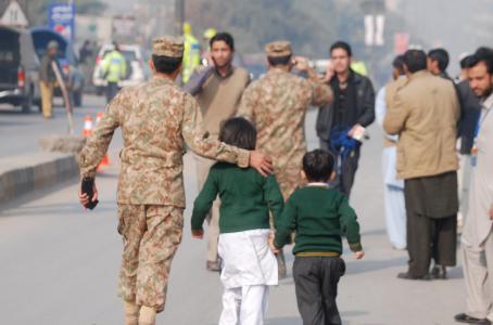 adolescente incendiado en pakistan por ser cristiano