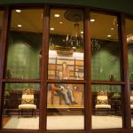 Biblioteca de Charles Spurgeon abre con casi 6,000 libros