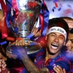 La FIFA borra la frase 100% Jesús en la cinta de Neymar