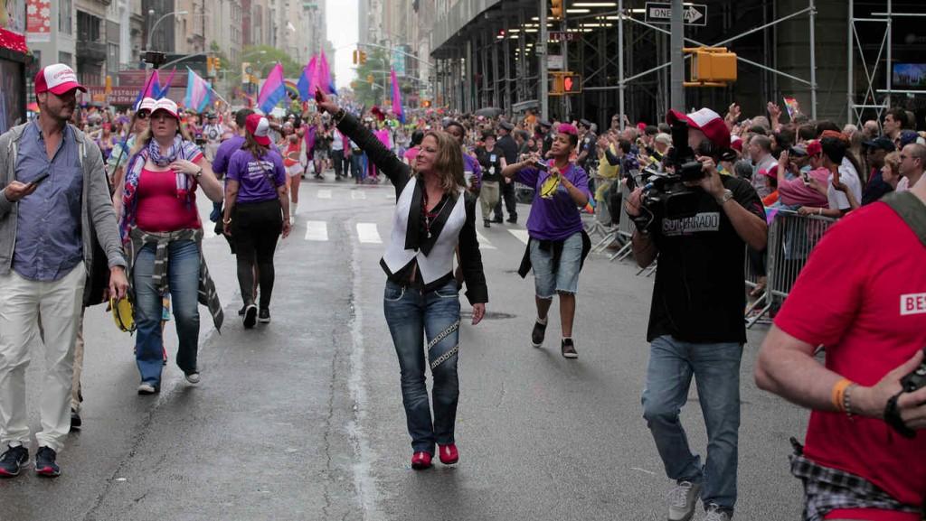 ana maria polo desfile gay 3