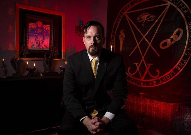 Abriran iglesia satanica en vispera de Halloween