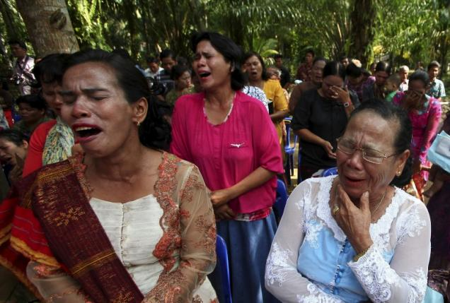Demolicion Iglesias Indonesia